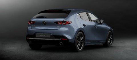 2018_mazda3_5hb_19cy_std_ger_lhd_c09_ext_side_polymetal_gray
