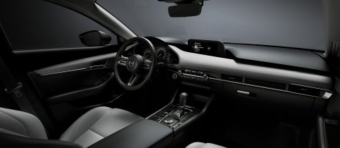 2018_mazda3_sdn_5hb_19cy_std_1st_ger_lhd_c14_int_cockpit_white